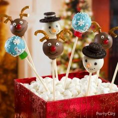 Christmas Cookie Exchange Party Ideas-pretzels for antlers/ oreos for top hats