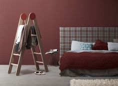 Ideas for decorating with old wooden ladders 2