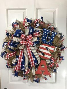 17 Ideas For Patriotic Door Wreaths Usa Burlap Flower Wreaths, Deco Mesh Wreaths, Door Wreaths, Rustic Wreaths, Ribbon Wreaths, Country Wreaths, Floral Wreaths, Burlap Wreaths, Patriotic Wreath