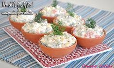 Patates Püreli Rus Salatası Tarifi Russian Salad Recipe, Salad Recipes, Diet Recipes, Boiled Corn, Potato Puree, Recipe Sites, Serving Plates, Iftar, Potato Salad