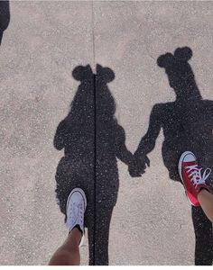 ⓄⓃⒺ ⓄⒻ ⓉⒽⒺ ⒷⒺⓈⓉ Gallery Ideas] Related posts:Enchanted Tiki Room Disneyland ArtModern and Chic Disneyland Engagement PhotosEin Leitfaden für Star Wars: Galaxy's Edge - Das Mommy Mouse Clubhaus