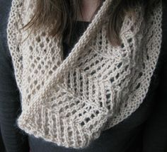 Knitting Pattern for One Skein 4 Row Repeat Cowl -  The Avena lace cowl uses an easy 4 row repeat lace stitch and just one ball of the recommended yarn.