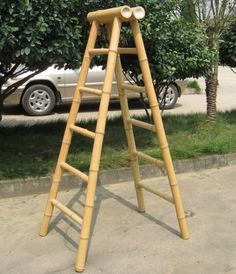 solves the issue of where to lean the ladder - free standing!