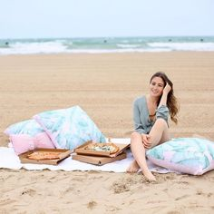 Beach picnics are always better with some cute pillows! elevated her pizza party décor with our super cute Velvet Bow and Palm Print Pillows. Euro Pillow Covers, Emily And Meritt, Cute Pillows, Beach Picnic, Pbteen, Palm Print, Pink Summer, Instagram Shop, Beach Bum