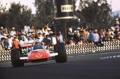 #17 John Surtees...Team Surtees...Surtees TS7...Motor Ford Cosworth DFV V8 3.0...GP Mexico 1970
