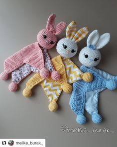 Me gusta, 12 comentarios - Amigurumi Platformu (ucretsiz_amigurumi_reklami) en quot; melike_burak_ (get_repost) Merhaba . Crochet Sheep, Crochet Baby Toys, Crochet Patterns Amigurumi, Crochet Gifts, Crochet For Kids, Crochet Dolls, Baby Knitting, Free Crochet, Crochet Lovey Free Pattern