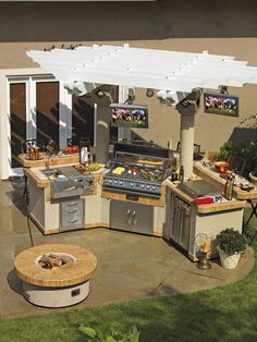 Outside kitchen  great for a cookout
