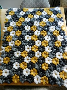 Ravelry: Project Gallery for Floral Baby Blanket pattern by Adi Keren