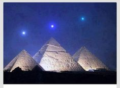 Planetary alignment (Mercury, Venus, and Saturn) with Giza Pyramid on 03.12.2012