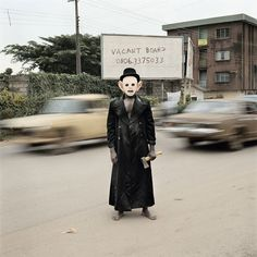 """toproblematic: """" superbestiario: """" Nigeria's Nollywood By Pieter hugo. Pictures of the Nigerian film industry. see the serie Hienas by pieter hugo """" These photos are so haunting I love it. Viviane Sassen, Creepy Images, Creepy Photos, Contemporary Photography, You Look Like, Film Industry, Stockholm, Portrait Photography, Extreme Photography"""