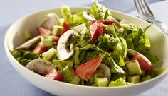 Romana-Erdbeer-Salat mit Avocado