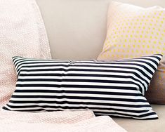 A no-sew pillow cover tutorial, via Yellow Brick Home