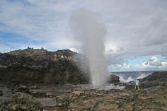 Nakalele Point and Blowhole hiking info--Heart shaped rock is here too