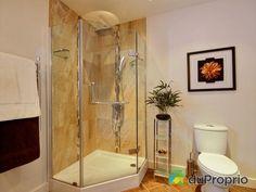 Salle de bain de rêve à voir à Austin #DuProprio Bathtub, Bathroom, Dream Bathrooms, Bath, Standing Bath, Washroom, Bath Tub, Bathrooms, Bathtubs