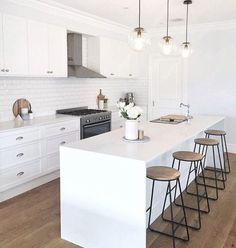 Kitchen Room Design, Modern Kitchen Design, Home Decor Kitchen, Rustic Kitchen, Interior Design Kitchen, New Kitchen, Home Kitchens, Kitchen Taps, Kitchen White