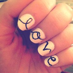 love cursive writing across nails #manicures