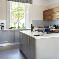 Great mix - look good with dark wood floor Pale grey kitchen with walnut units   Decorating