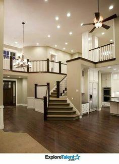 Floor plan! Love the open space! -£H