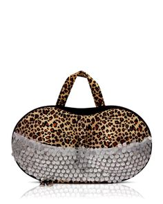 First Class Bra Bra Case for $25 at Modnique. Start shopping now and save 50%. Flexible return policy, 24/7 client support, authenticity guaranteed