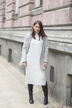 AGNESA ADAMCZAK: Wool dress - how to wear it?