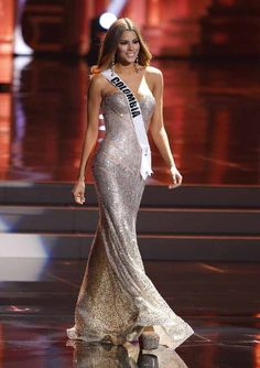 Miss Colombia, Ariadna Gutierrez, Miss Pageant, Pageant Hair, Pageant Girls, Beauty Pageant, Pageant Dresses, Miss Universe Dresses, Suit Fashion, Fashion Dresses, Blue Sparkly Dress