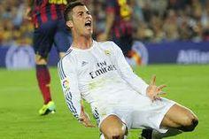 Este es CR7 celebrando el gol de Jesé contra el Fútbol Club Barcelona