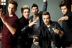 CBS news reports, Former One Direction member Louis Tomlinson doesn't think very highly of himself, apparently. Tomlinson and bandmates Harry Styles, Liam Payne and Niall Horan put One Direction to re. One Direction 2014, Imagines One Direction, One Direction Songs, Direction Quotes, Zayn Malik, Niall Horan, Liam Payne, Louis Tomlinson, Rebecca Ferguson