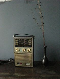 Vintage Radio, I had this kind when I was little.....via Hand Me Down. When others got new, every thing moved down to the next person.
