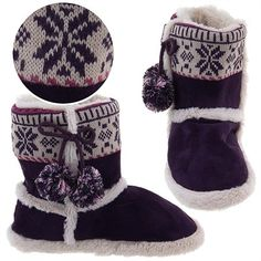 Lobe these purple Snowflake Bootie Slippers for Women. Your holiday catalog: http://slippercomfort.blogspot.com/