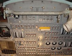 http://www.flightglobal.com/airspace/media/apolloprogram/images/31155/apollo-10-console.jpg