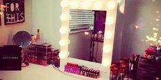 22 Maneras de darle vida al espejo de tu habitación