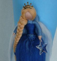 Schultüten - SCHULTÜTE Kristall Königin blau Waldorf Art - ein Designerstück von Holzwolle-Spielkunst bei DaWanda