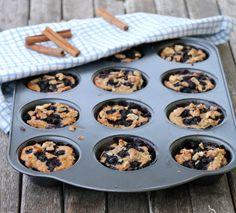 Grove, enkle frukostmuffins med blåbær - LINDASTUHAUG Cookies, Desserts, Food, Crack Crackers, Tailgate Desserts, Deserts, Biscuits, Essen, Postres
