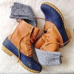 These are a few of my favorite things #beanboots #campsocks