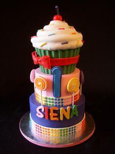 Very cute kids birthday cake