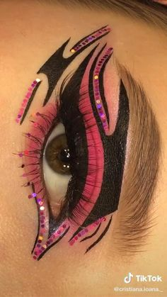 Eye Makeup Art, Natural Eye Makeup, Dark Makeup, Makeup Inspo, Eyeshadow Makeup, Makeup Inspiration, Cat Eye Makeup Tutorial, Makeup Pictorial, Eyeliner Tutorial