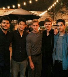 I love this picture!! Left to right Dylan O'Brien,Ki Hong Lee,Chris Sheffield,Thomas Brodie-Sangster, Alex Flores