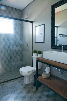 What Is Rustic Home Design and how to aim for it. White Cabinets, Bathroom Interior Design, Rustic Home Design, Modern White Bathroom, Decor Interior Design, Small Bathroom, Bathroom, Industrial Bathroom Decor, White Bathroom