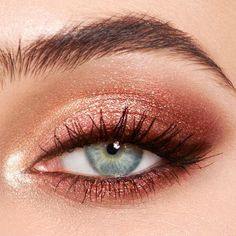 Rose Gold Eyeshadow Look, Gold Eyeshadow Palette, Eye Palette, Glitter Eyeshadow, Eyeshadow Makeup, Eyeliner, Makeup Palette, Pop Of Color Eyeshadow, Natural Eyeshadow Looks