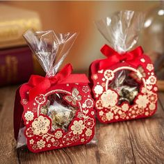 Find More Candy Boxes Information about Gold Butterfly Flower Wedding Gift Box Plastic Candy Bag with Ribbon Laser Cut Bridal Shower Gift Boxes 60pcs,High Quality box clutch bag,China bag finder Suppliers, Cheap box short from Sweet Wishmade Wedding on Aliexpress.com