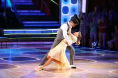 Candace Cameron Bure and Mark Ballas perform the Foxtrot on week 8 of 'Dancing With The Stars' on May 5, 2014.
