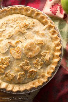 Classic Double Crust Apple Pie - www.savingdessert.com