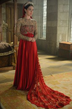 "Reign -- ""Wedlock"" -- Image Number: -- Pictured: Adelaide Kane as Mary, Queen of Scots -- Photo: Ben Mark Holzberg/The CW -- © 2015 The CW Network, LLC. All rights reserved. Reign Mary, Mary Queen Of Scots, Reign Catherine, Adelaide Kane, Marie Stuart, Elisabeth I, Reign Tv Show, Reign Dresses, Dress Wedding"