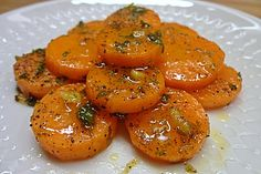 Honey - ginger - carrots - Delicious Meets Healthy: Quick and Healthy Wholesome Recipes Carrot Recipes, Spicy Recipes, Veggie Recipes, Healthy Recipes, Clean Eating, Healthy Eating, Winter Vegetables, Eat Smart, Food Inspiration
