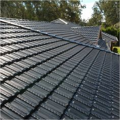 While it is true most roofs will last up to 15 years, that is not the same as being maintenance-free. Your roof has to be maintained properly. Keep reading to learn the essentials of roofing. Contractors License, Roofing Contractors, Types Of Roofing Materials, Roofing Companies, Diy Home Repair, Building A New Home, Roof Repair, Photo Link, Metal Roof