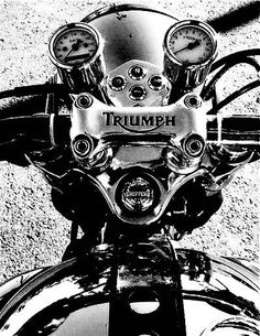 One of his favorite bikes.Triumph was the first motorcycle he took me on.now he has 2 Harley's and a Triumph. Triumph Cafe Racer, Moto Triumph Bonneville, Triumph Bikes, Cool Motorcycles, Triumph Motorcycles, Vintage Motorcycles, Cafe Racers, Triumph Motorbikes, British Motorcycles