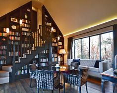 This stairway to untold stories. | 24 Times Bookshelf Porn Was Just So Fucking Hot