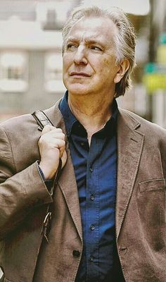 Love this confident look Alan Rickman Always, Alan Rickman Movies, Alan Rickman Severus Snape, Fiction, Harry Potter, Falling In Love With Him, Ares, Half Blood, Best Actor