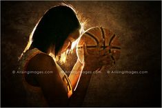 Love this basketball player senior picture. Amazing! #arisingimages #basketball #lighting #pose #girl #seniorpics #photography