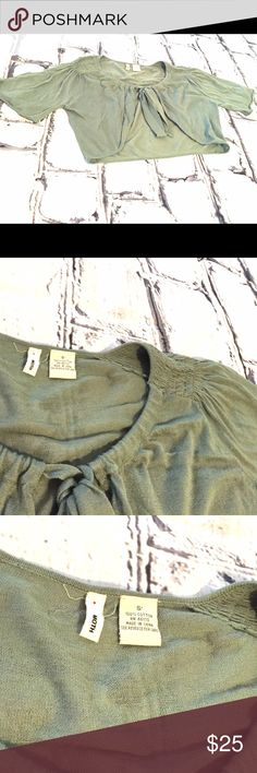 listing Moth lightweight shrug Size Sm Sage green shrug from Anthropologie. Tie front with ruching at the shoulders.  100% cotton Anthropologie Sweaters Shrugs & Ponchos
